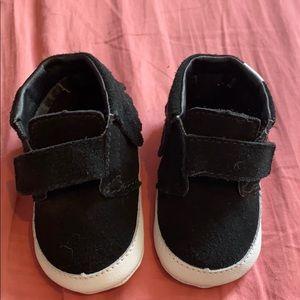 🌈Vans fringe crib shoes